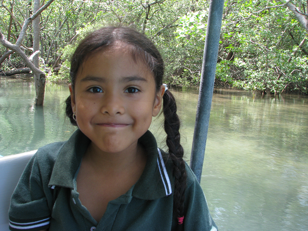 La Paz Community School Field Trip to Tamarindo Estuary